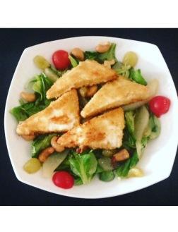 Feldsalat mit gebackenem Feta